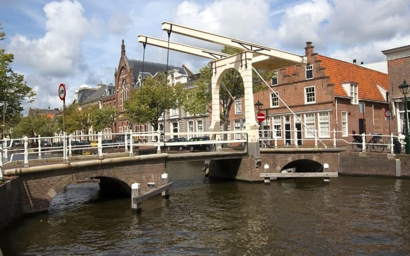 Is Alkmaar Worth Visiting - Canals in Alkmaar