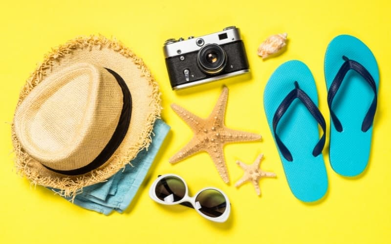 What are the Seasons in The Netherlands - Collection of summer travel items