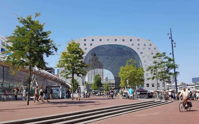 What to do in Rotterdam on a rainy day - visit markthal
