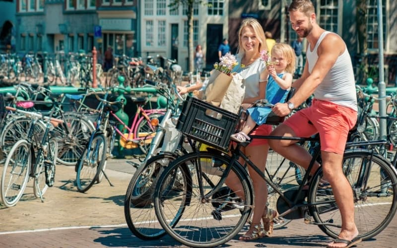 Why is cycling so popular in the netherlands - cycling family
